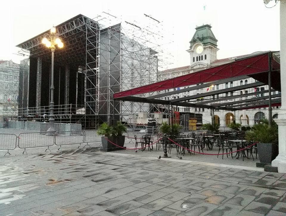 piazza unità post concerto-2