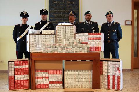 27feb15. carabinieri finanza sigarette-2