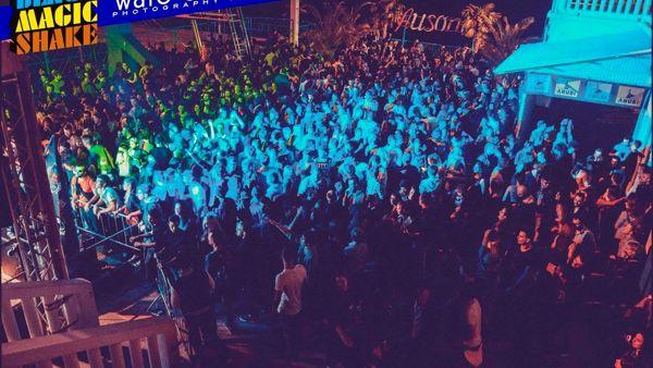 """Ausonia, sabato 30 aprile al via le serate targate """"Black Magic Shake"""""""