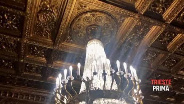 Mosaici, modernità e marmi: viaggio nella pancia dell'Hilton