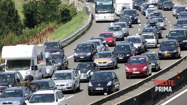 Weekend e Pentecoste: traffico intenso in autostrada