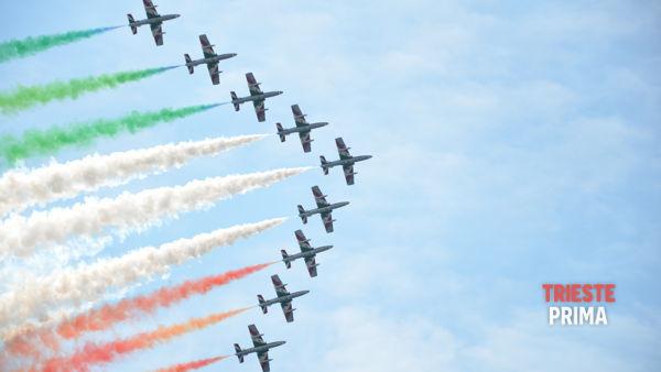 """Domenica 17 agosto """"Air show"""" a Grado con le Frecce Tricolori"""