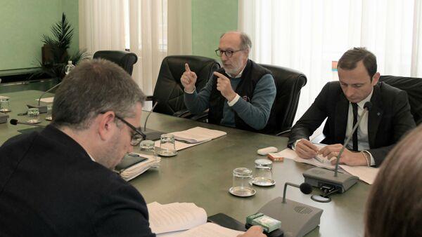 Coronavirus: Fedriga, collaborazione Fvg-Slovenia su dpi e ricerca