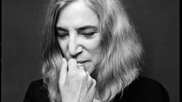 Patti Smith, la sacerdotessa del rock arriva al Rossetti