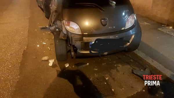 "23gen18. Incidente ""auto pirata"" via Rossetti-3"
