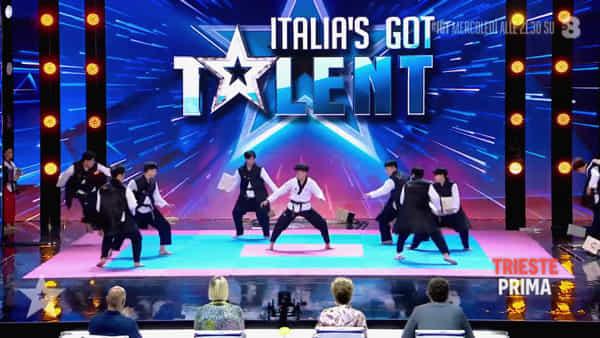 Taekwondo, l'atleta triestino Davide Turilli vola in finale a Italia's Got Talent