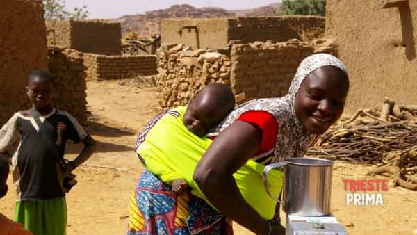 """""""Acquatizzando. Le oasi di Se@SonRose...Onlus"""": mostra sull'opera di volontariato in Mali"""