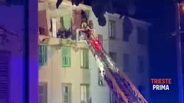 Gravissimo il ferito nell'esplosione in via Boito (VIDEO)