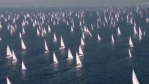 """""""Sono la regata più grande del mondo"""" Elisa è la voce della Barcolana nel nuovo spot (VIDEO)"""