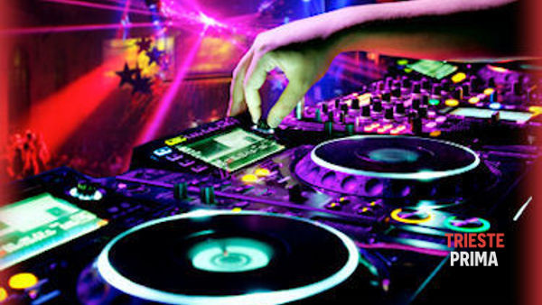 "Discoteca Streaming, sabato appuntamento con la ""Ladies night"""