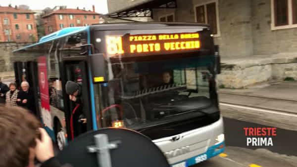 Parte il primo autobus per il Porto Vecchio: il VIDEO dell'arrivo