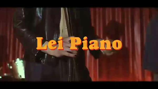 'Lei Piano', il nuovo video del cantautore triestino Narciso Yepess
