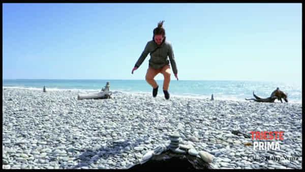 Da Trieste un salto lungo tutta la Nuova Zelanda: il video di un triestino tra geyser, vulcani e laghi