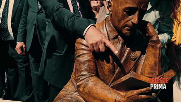 StatuaD'Annunzio_12-09-19__Giovanni Aiello 12-3
