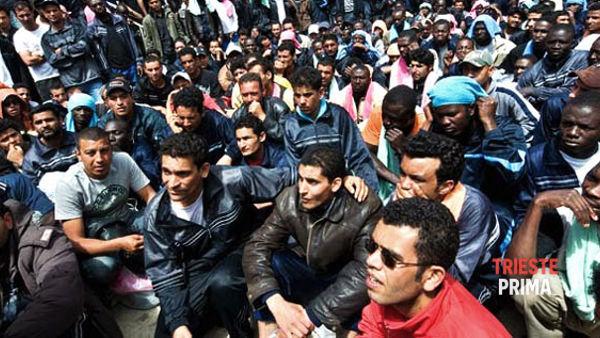 Richiedenti asilo, Forza Nuova: «No al centro di prima accoglienza a Muggia, presidio martedì 21 luglio»