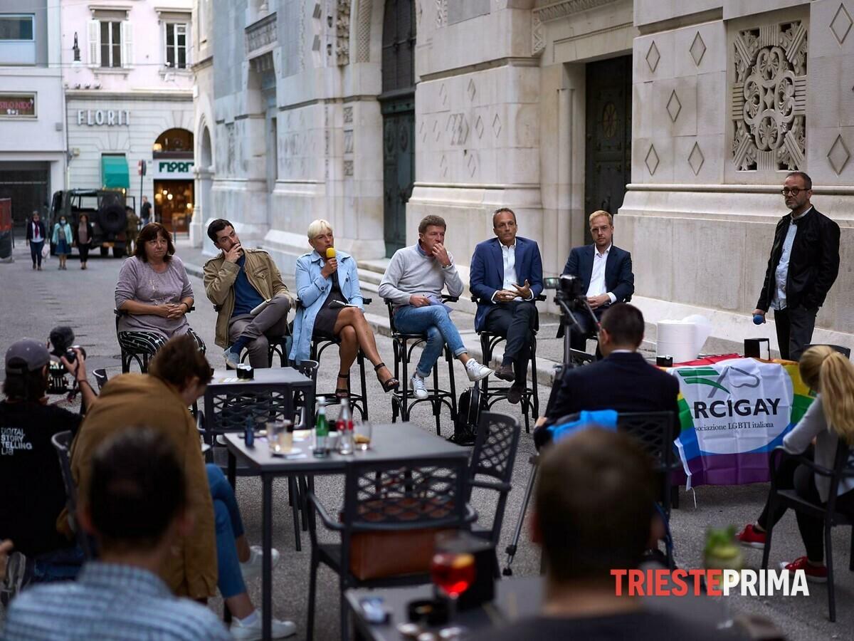I candidati incontrano la comunità Lgbtq+, Dipiazza assente