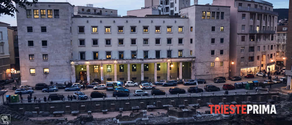 Poliziotti uccisi in Questura, Meran dovrà restare in carcere