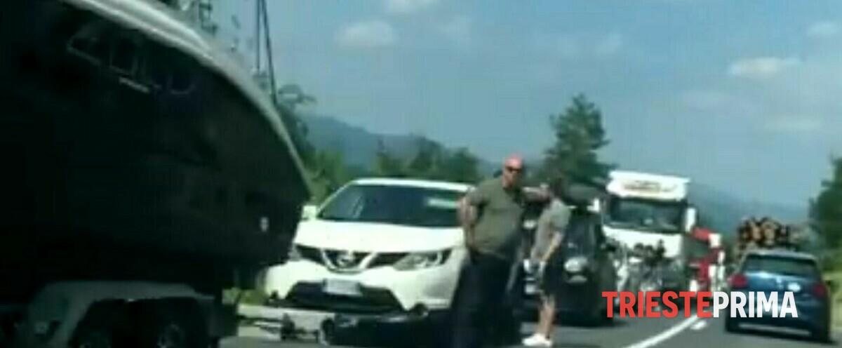 Esodo di fine luglio, al confine tra Slovenia e Croazia decine di km di coda
